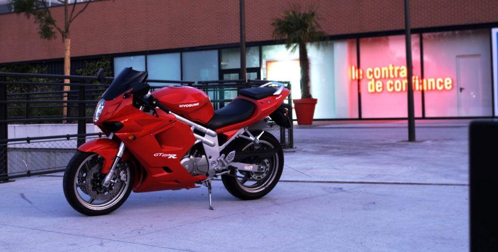 comet-rallye-routier-moto